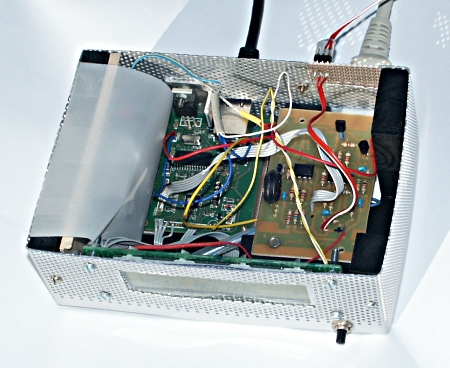[weather station circuit with LCD, top view]